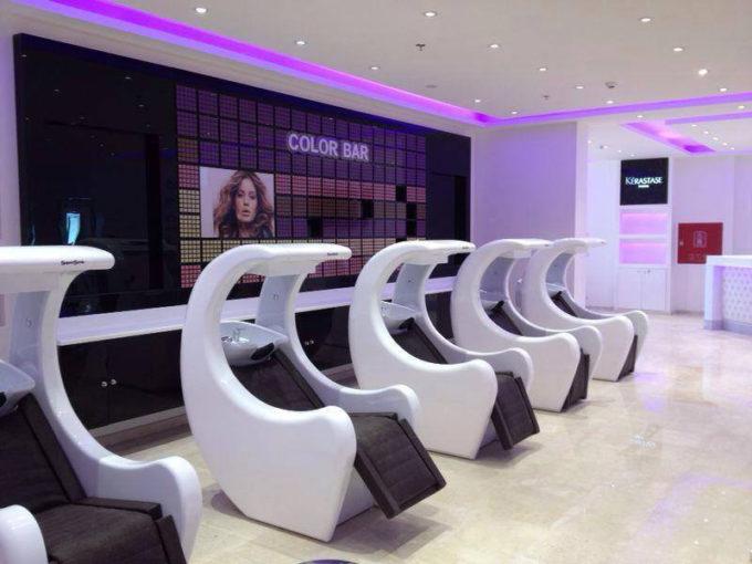 ambiance salon de coiffure bac de lavage supersonik