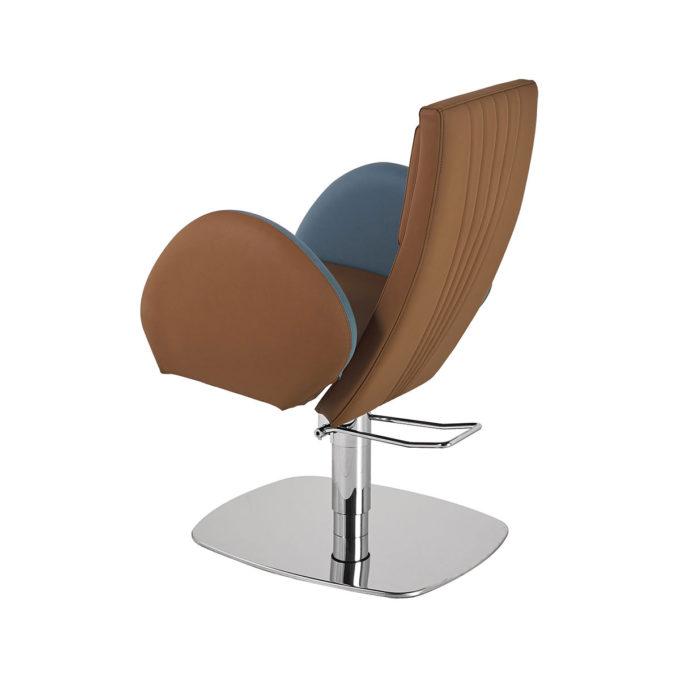 grand fauteuil de coiffeur avec pied en métal