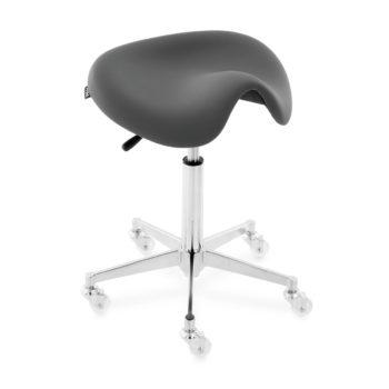Tabouret de coupe assise rembourrée en skai noir et forme de selle, pied en étoile à roulettes en silicone