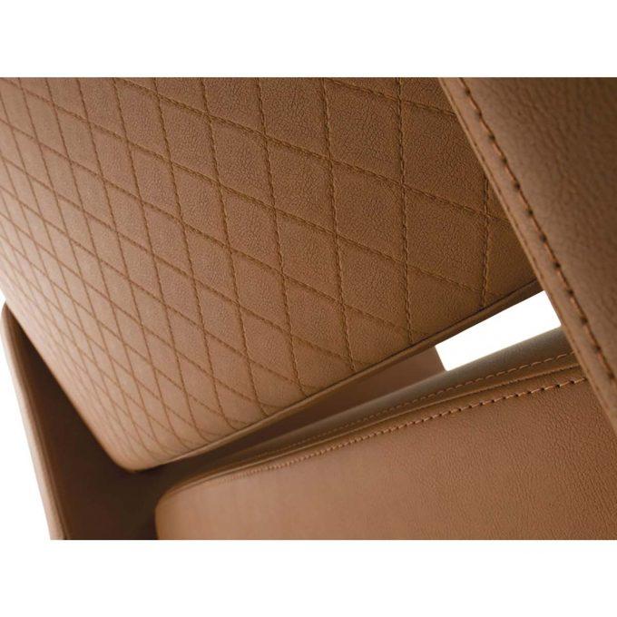 fauteuil de coiffure assise large en skai marron caramel