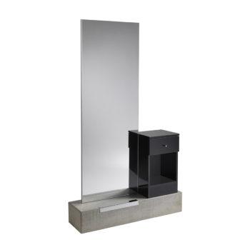 poste de coiffage sur socle en béton avec grand miroir et petit meuble noir laqué avec un tiroir de rangement, repose-pieds en métal brillant