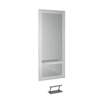 Coiffeuse grand miroir décoré avec tablette en bois blanc laqué et repose pied en métal, éclairage par led