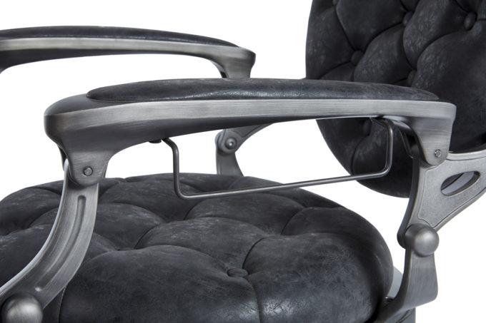 fauteuil barbier avec finitions détaillées vintage