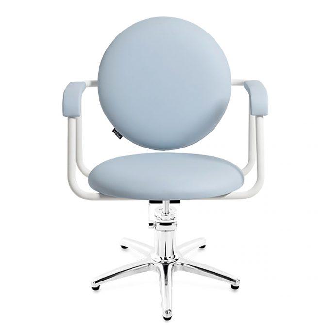 fauteuil de coiffure forme ronde couleur bleu clair avec accoudoirs en métal