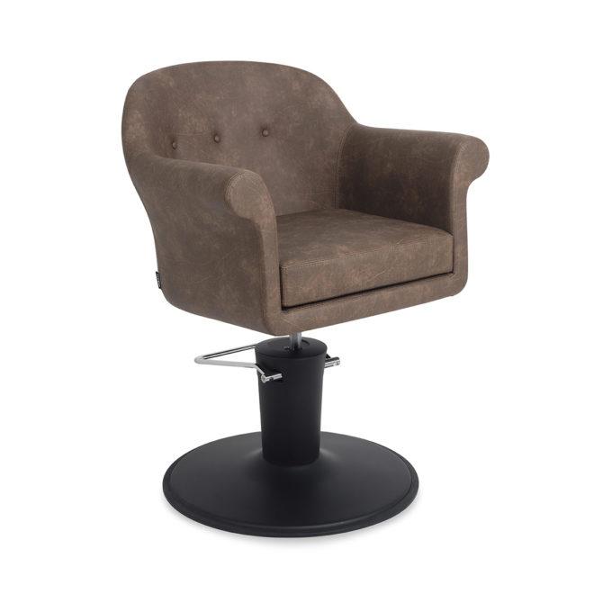 siège de coiffeur marron avec assise large et confortable et pied en métal noir mate et pompe hydraulique