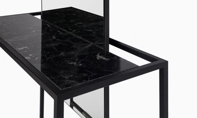 poste de coiffure avec tablette marbre noir
