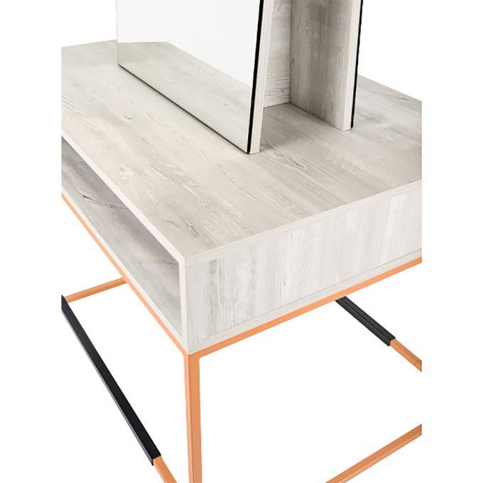 Poste de coiffure en métal cuivré avec repose pied et miroir rectangle, plan de travail en stratifié bois clair